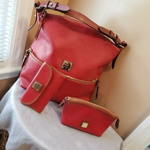 Dooney & Bourke Red pebbled Lesther 3 piec…